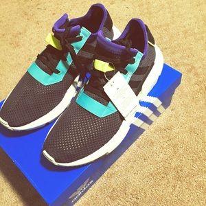 Adidas Men's Shoe Size 11
